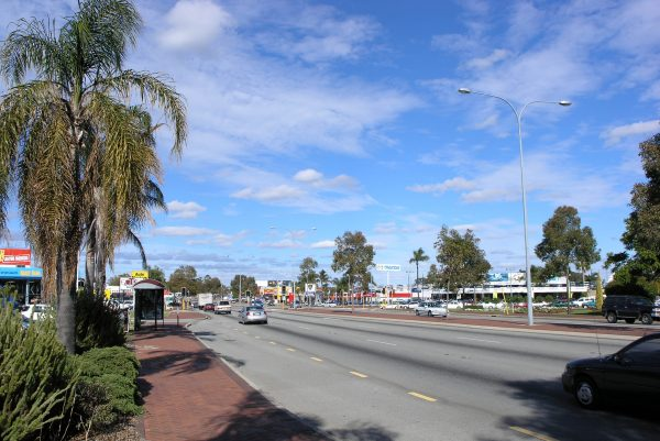 Albany Highway (Cannington)