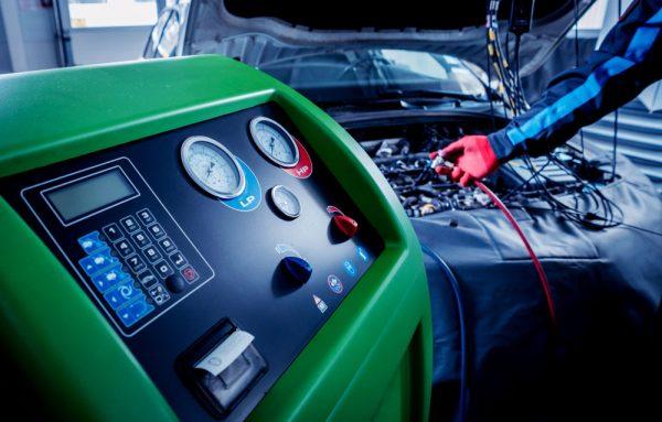 car-air-conditioning-regas-process